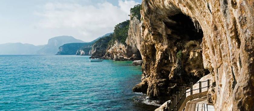 Sardynia- Szmaragdowa Perła Morza Śródziemnego!