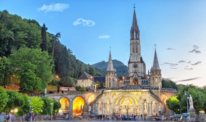 Samolotowa Pielgrzymka do Lourdes – Geotour