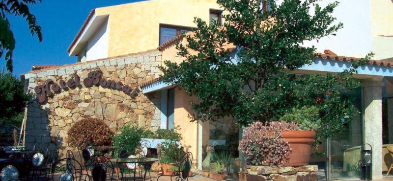Hotel Bonsai Włochy / Sardynia / San Teodoro / Geotour
