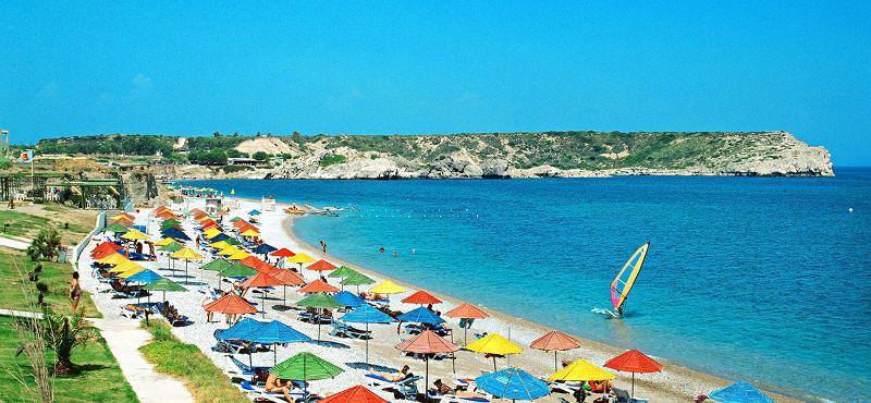 Wyspa słońca i róż zaprasza na wakacje- Rodos!