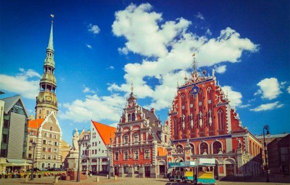 PETERSBURG i kraje nadbałtyckie: LITWA, ŁOTWA, ESTONIA, FINLANDIA termin: 30.06 – 11.07.2019