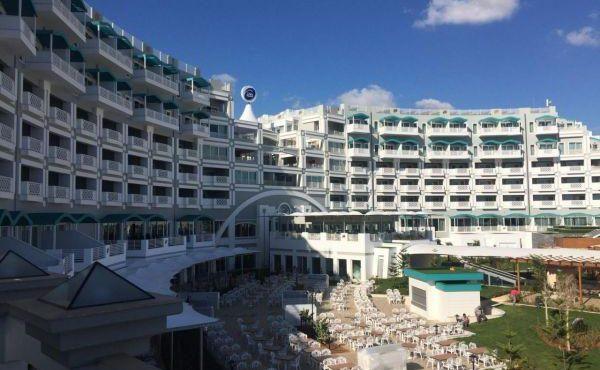 Słoneczny Cypr zaprasza na urlop