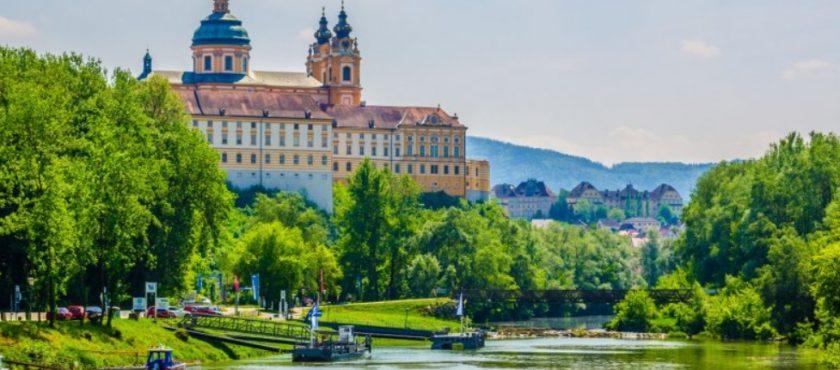 Geotour oferuje – Wycieczka do Wiednia i Doliny Wachau 2019