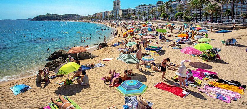 Siesta i fiesta! Wakacje w Hiszpanii Lloret de Mar!