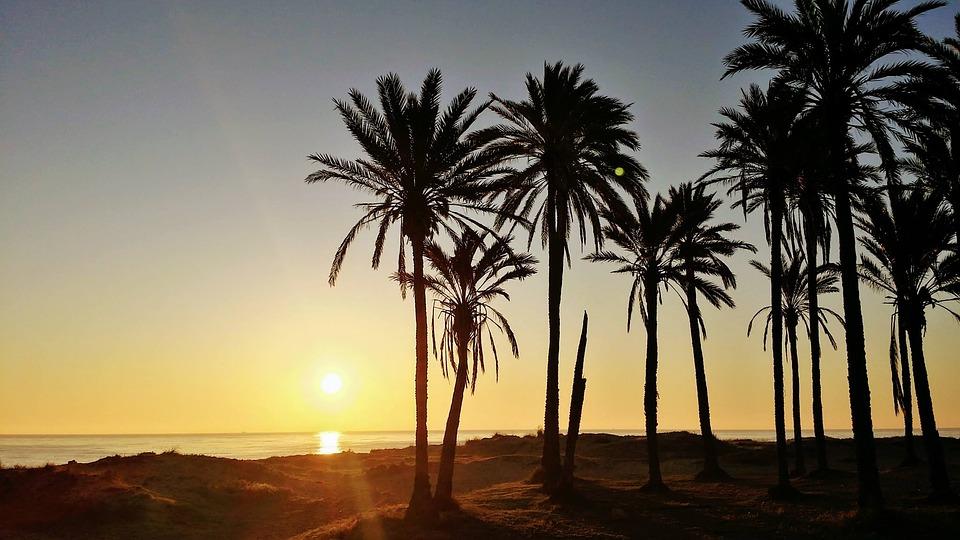 >> Zapraszamy do Hiszpanii, gdyż lato tu nie kończy się nigdy!